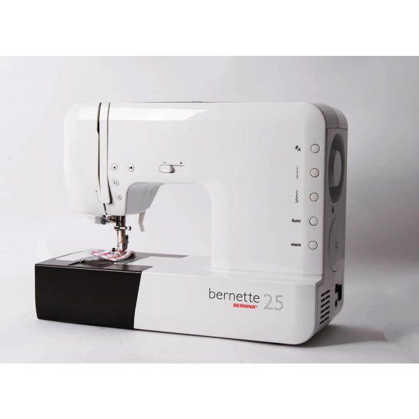 Máquina Costura Doméstica Branca Bivoltv B25 Bernina