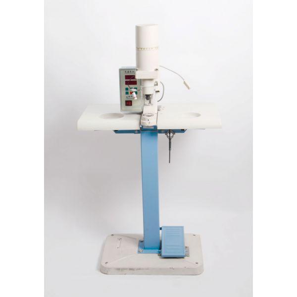 Máquina Pregar Botão Ilhós Eletrônica SS-1808 Sun Special